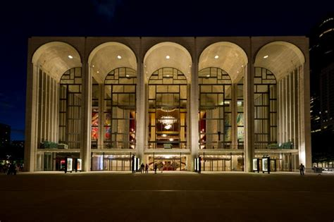 The Top 15 Secrets Of Nyc's Metropolitan Opera At Lincoln