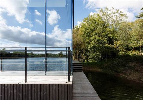 Glass Villa On The Lake By Mecanoo Architects Casalibrary