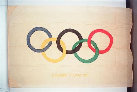 Olimpiskais karogs