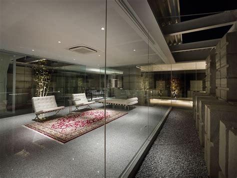 glass walled living room interior design ideas