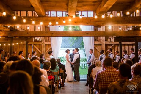 Wedding Barns In Michigan by Brad And Country Wedding At Milestone Barn
