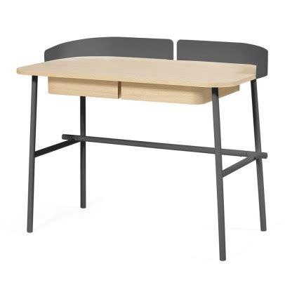 bureau gris anthracite bureau hyppolite vert pâle hartô design enfant