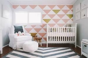 Teppich Im Babyzimmer : babyzimmer komplett gestalten 25 kreative und bunte ideen ~ Markanthonyermac.com Haus und Dekorationen