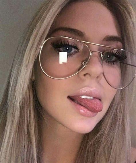 ༄eva //ム Fotos con lentes Chicas con lentes Gafas tumblr