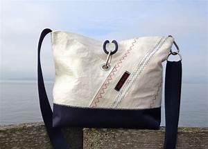 Retro Rucksack Selber Nähen : segel segeltuch segelstoff umh nge tasche blau von rough element auf segeltuchtaschen ~ Orissabook.com Haus und Dekorationen