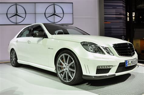 mercedes benz  amg pictures specifications