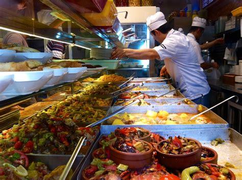 Vienmēr kārdinošā, krāsainā un daudzveidīgā turku virtuve ...