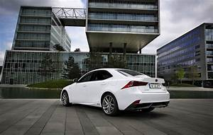Lexus Is F Sport Executive : lexus is 300h f sport test autogef hl ~ Gottalentnigeria.com Avis de Voitures