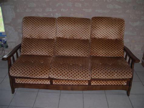 relooker un canapé en tissu housse de canapé ancien