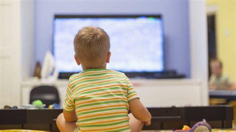 Fernseher für Kinder Ab welchem Alter dürfen Kinder