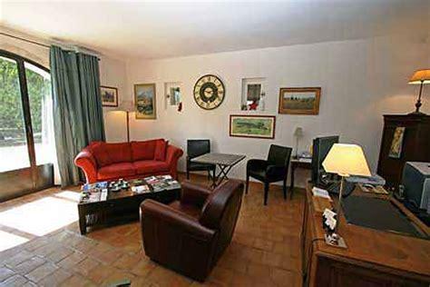 location bureau salon de provence découvrez le charmant bureau salon du luxueux à louer