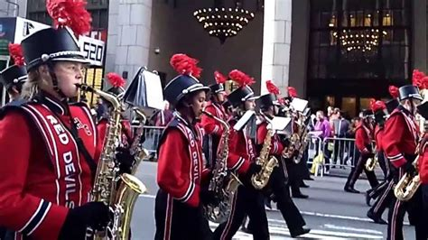 Veterans Day Parade~nyc~2013~hinsdale Central Hs Marching