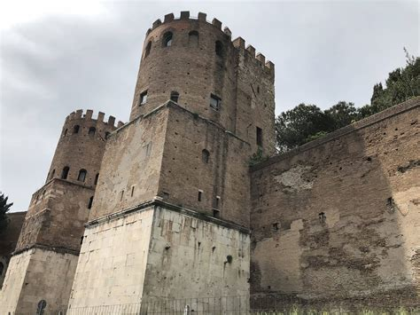 Porta Di San Sebastiano by Porta San Sebastiano E Museo Delle Mura Di Roma Cosa