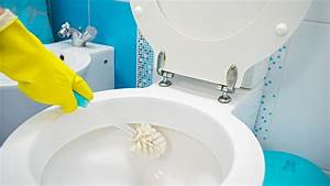 Shining Wc  How To Get The Toilet Clean Again With Washing Powder