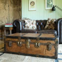 This is a simple build, but does require a little skill. VINTAGE STEAMER TRUNK Coffee Table STORAGE TRUNK Rustic ...