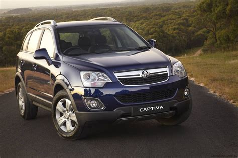 holden captiva series ii  sale  march