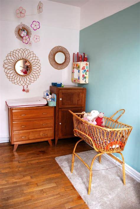 idees pour une chambre bebe en bleu canard des