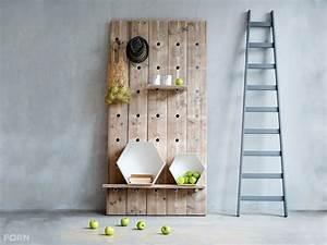 Einzelbetten Aus Holz : holz regalsystem mit metallstreben hergestellt aus bauholz ~ Markanthonyermac.com Haus und Dekorationen