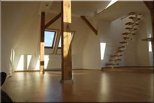 Treppe Im Wohnzimmer : bilder dachwohnung versicherungs mehrfach agentur frank ~ Lizthompson.info Haus und Dekorationen
