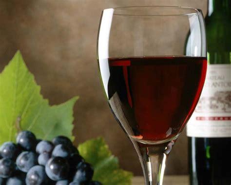 cuisine et vins de recettes côtes de francs vin de la région de bordeaux