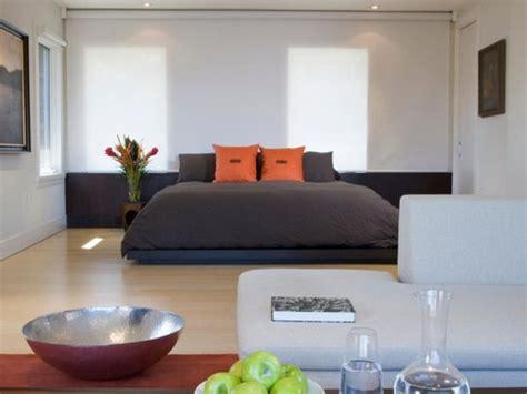 zen relaxing bedrooms bedroom decorating harmonious master rooms room colors hgtv wall digsdigs bed minimalist sheplanet bathroom suite