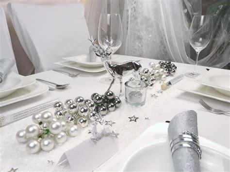 Tischdeko Weiß Silber by Weihnachtsdeko Tisch Silber Frohe Weihnachten In Europa