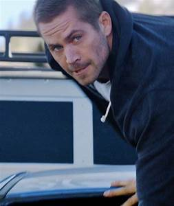 Paul Walker & Co. Jump Out of a Plane (In Their Cars!) In ...