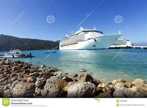 cruise ship caribbean vacation image of