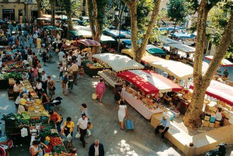 chambre d hote aix en provence centre ville les marchés de provence autour de rémy de provence
