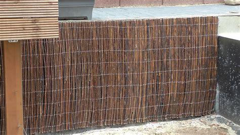 Mauer Mit Holz Verkleiden by Mit Weidenmatten Eine Betonmauer Verkleiden
