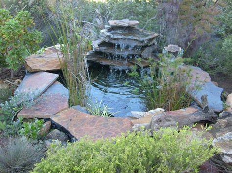 Simple Diy Backyard Garden House Design With Small Ponds