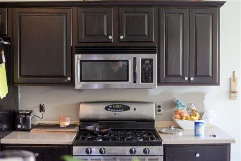kitchens with mosaic tiles as backsplash hexagon tile in the kitchen vintage revivals