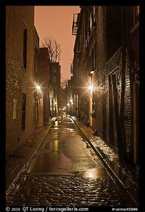 picturephoto dark alley  rainy night beacon hill