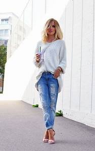 How to wear boyfriend jeans oversized sweater with skinny cuffs and sandal pump | life-is-a ...