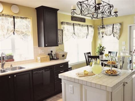 Lovely Best Colors For Kitchen Cabinets # Sherwin