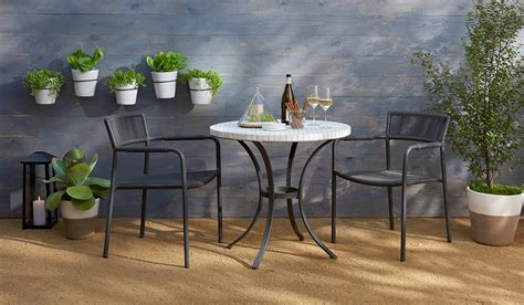 Small Patio Furniture by Outdoor Furniture For Small Spaces Fairfield Residential