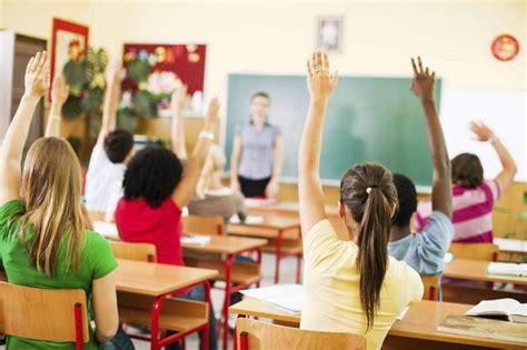 classroom ห้องเรียนในฝัน ความฝันเกี่ยวกับโรงเรียนห้องเรียน ...