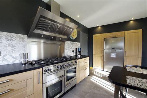 cuisine le havre réalisation d 39 une cuisine sur mesure en bois massif proche