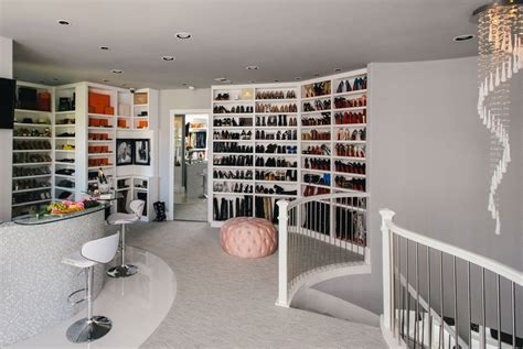 best walk in wardrobes best walk in closets designs home design ideas