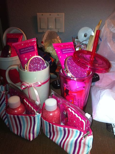 Cheap Baby Shower Prize Gifts - put together these baby shower gifts for the winners