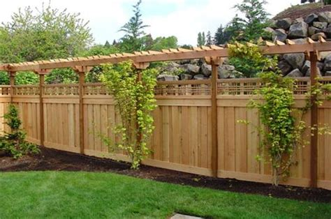 front yard privacy ideas front yard fence ideas privacy romantichomedesign com