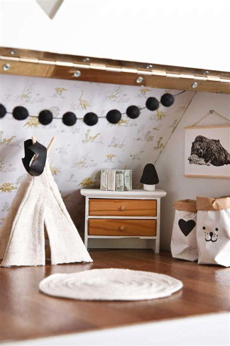 Best 25  Dollhouse ideas ideas on Pinterest   Diy