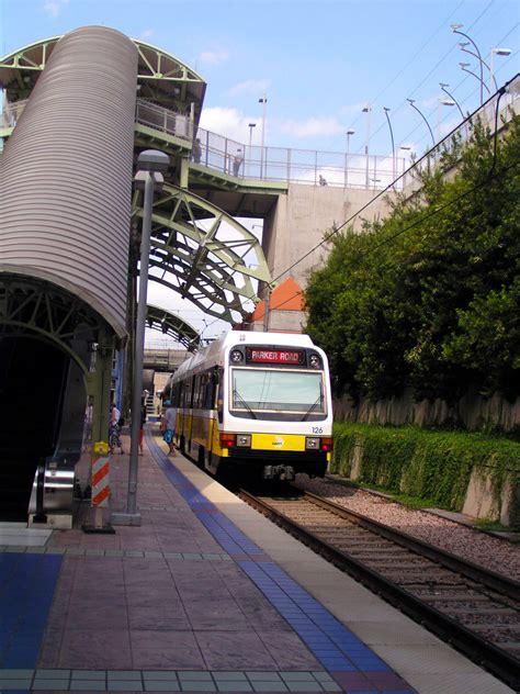 dallas light rail line dallas area rapid transit