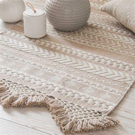 tapis en coton beige  blanc  motifs xcm ryana