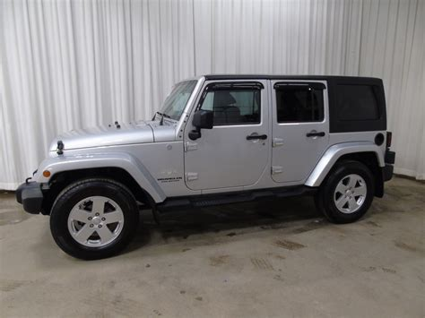 jeep wrangler automatic 2011 jeep wrangler unlimited sahara 3 8l 6 cyl automatic
