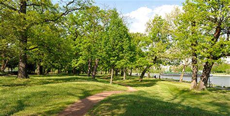 Stadtpark  Auenwald In Der Stadt