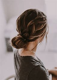 Cute Homecoming Hairstyles for Medium Hair