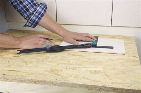 1 drill guide for tiles