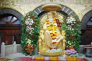 15 Places to Vi... Shirdi Sansthan