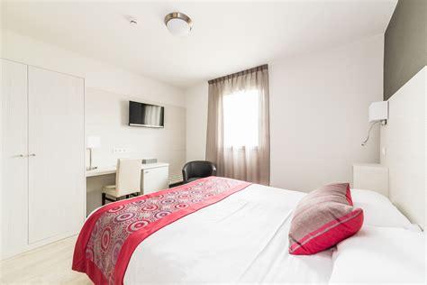 chambre confort hôtel les quatre salines
